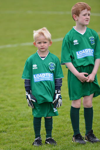 Medway Rovers FC Youth Soccer School Kids wearing Loadtec Kits