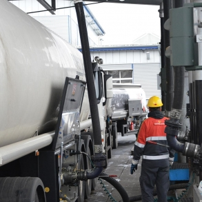 Loadtec Petrol Tanker Loading - Bottom Loading